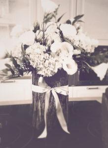 centro tavola matrimonio gallarate fiori bianchi ellirose shadowplaystudio